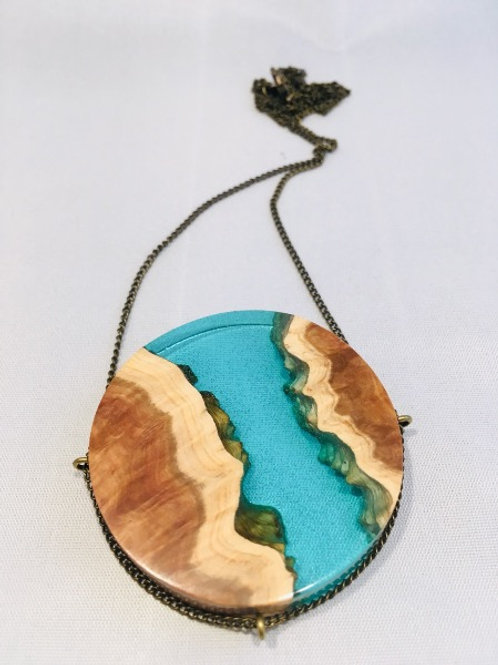 Australian red mallee wood and resin necklace