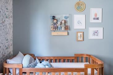Suíte Baby - Apto de um jovem casal, cheio de memórias afetivas e alguns elementos contemporâneos