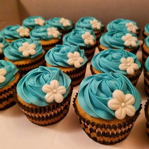 Tiffany Blue w Flower.jpg