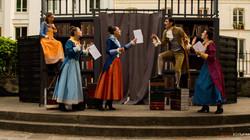 Les-Femmes-Savantes-Arenes-de-Montmartre-Sonnet-Trissotin