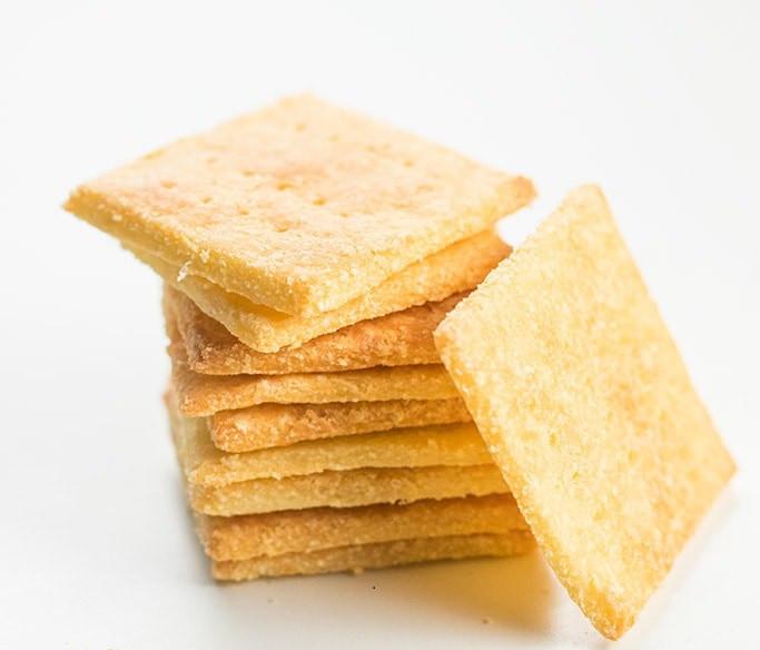 Crackers avec coco mozza cétogènes
