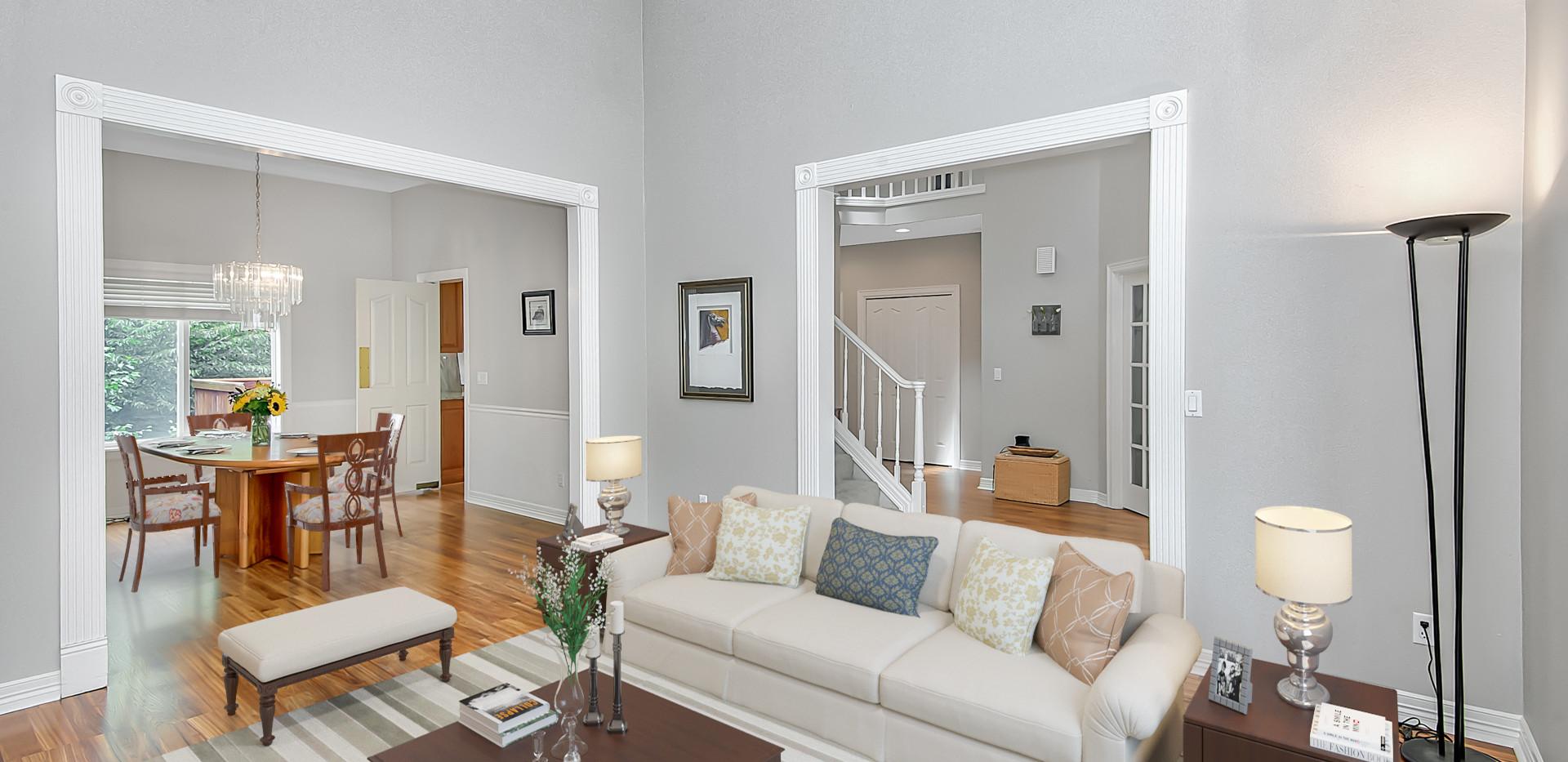 Living room_1.jpg