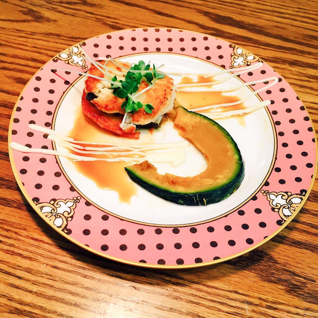 茄子と鶏肉ハンバーグ
