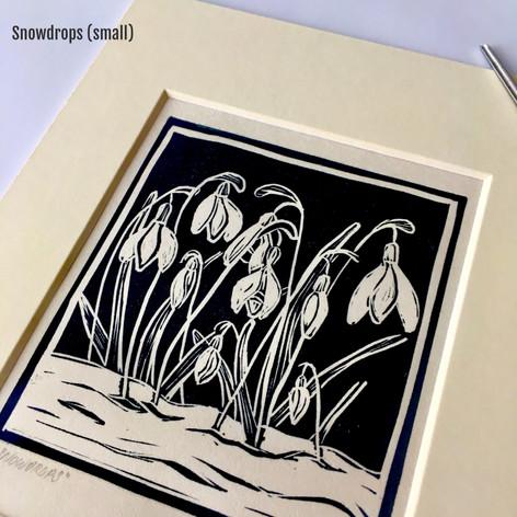 MegaLilyDesignsmall snowdrops lino print