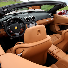 RM101 Ferrari California T2