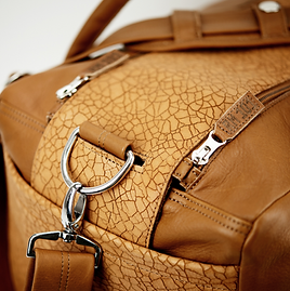 RM101 travel bag L close up