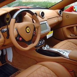 Ferrari California T2 interior