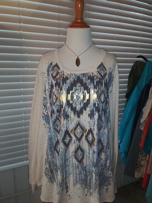 southwest t shirt w/feather necklace