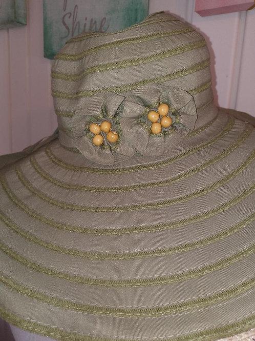 green flower spring hat