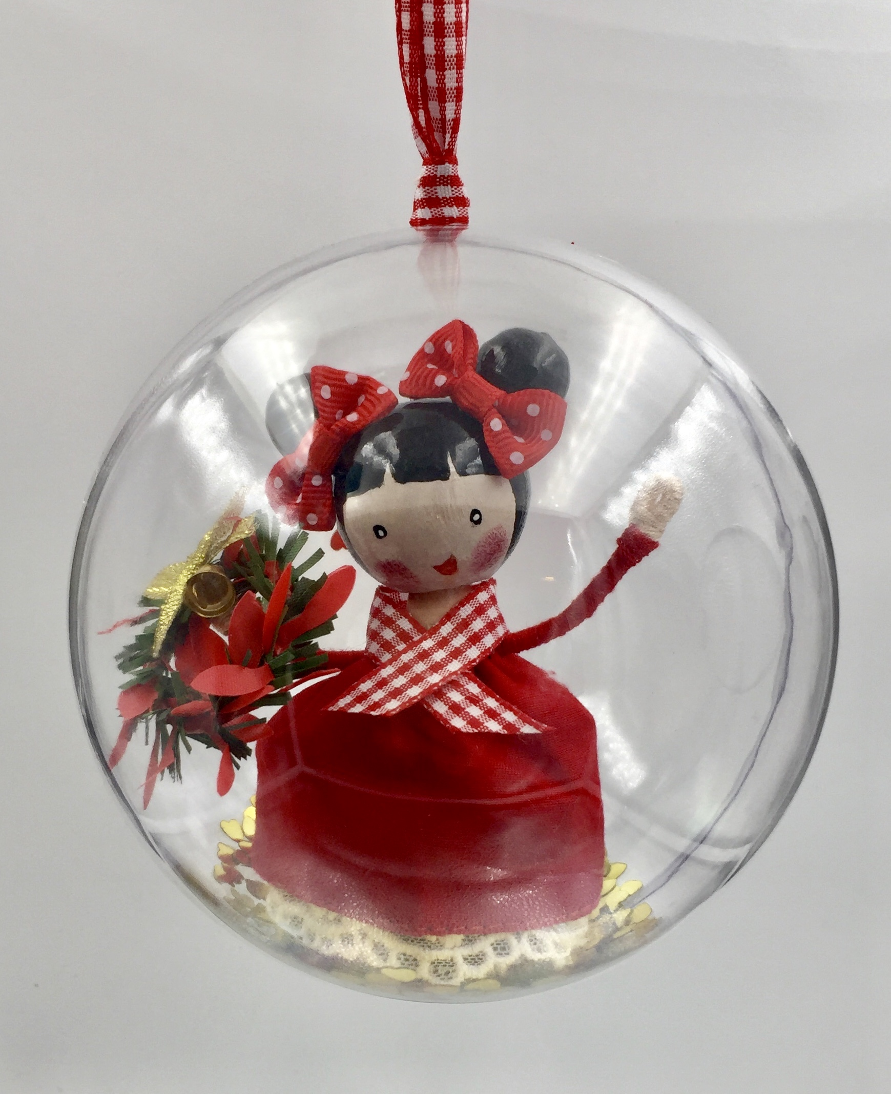 Chrismtas peg doll globe