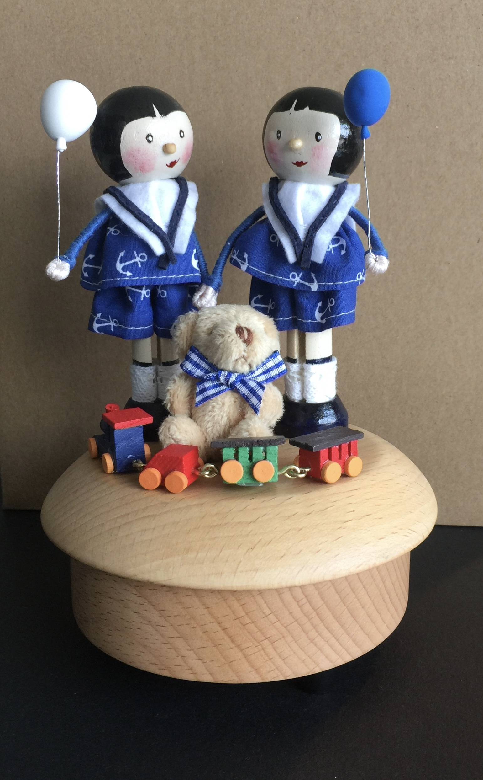 The Twins - Peg Doll Music Box