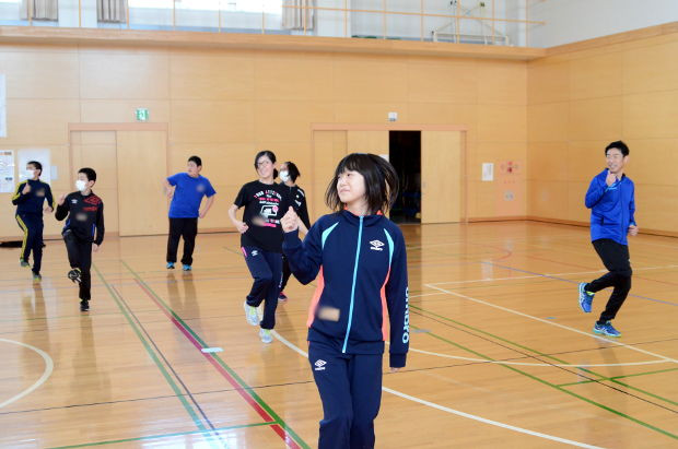 知小2018-教育大生による6年生のダンス教室