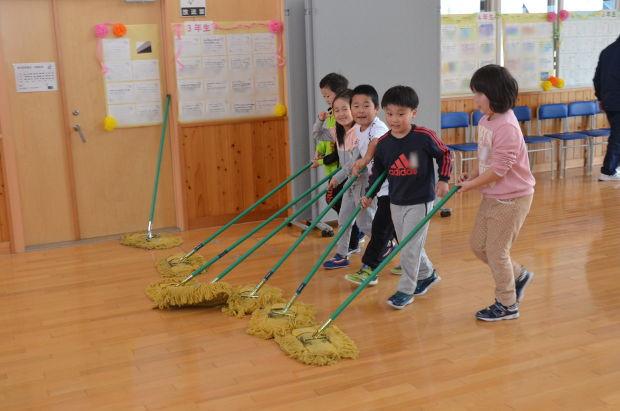 知小2018-掃除の様子