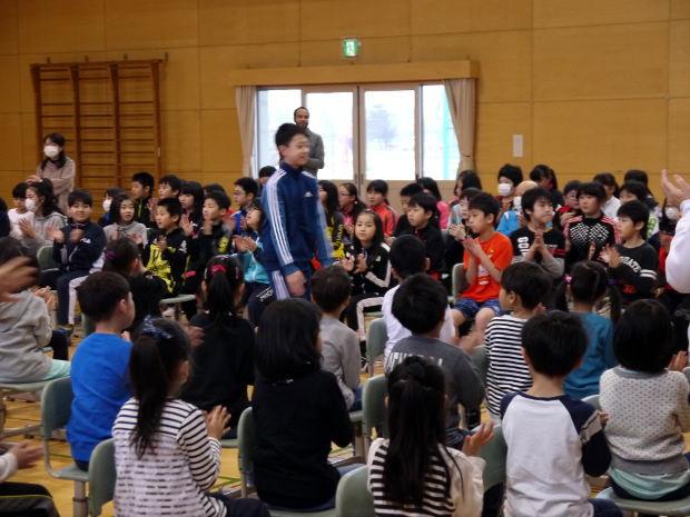 知小2019-卒業式練習 6年生の入場も