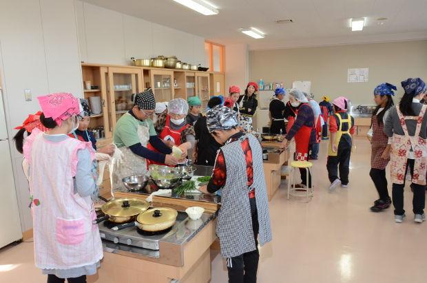 知小2018-5年生ニラを使った食育授業