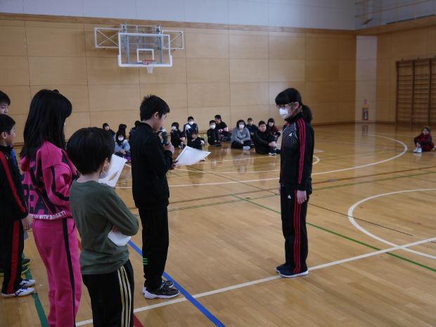 知小2019-保体委員の縄跳びチャレンジの表彰