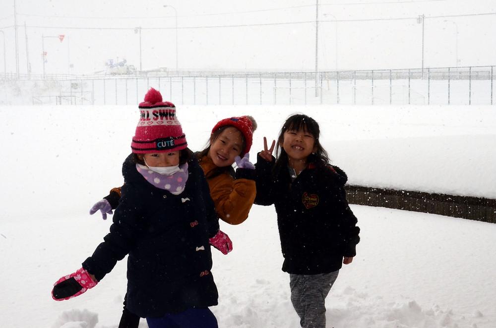 知小2018-今年初めての雪遊び