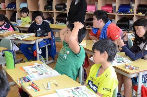 知小2018-5年生の英語の授業風景