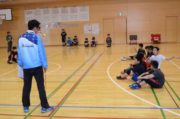 知小2018-休み返上で練習(ドッヂボール)
