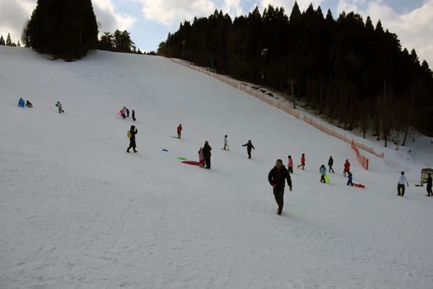 知小2019-ちびっ子雪まつりで子供たちが冬の一日を楽しむ