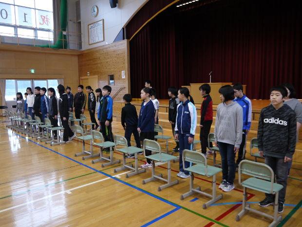 知小2019-卒業式練習 6年生の退場のタイミング