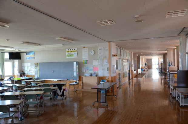 知小2018-利用しない教室の消灯と廊下の消灯