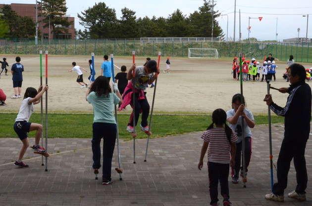 知小2018-元気に遊ぶ子供たち。
