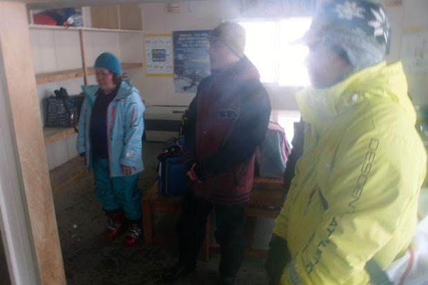 知小2019-高学年スキー教室に手伝いに来てくれた地域の方