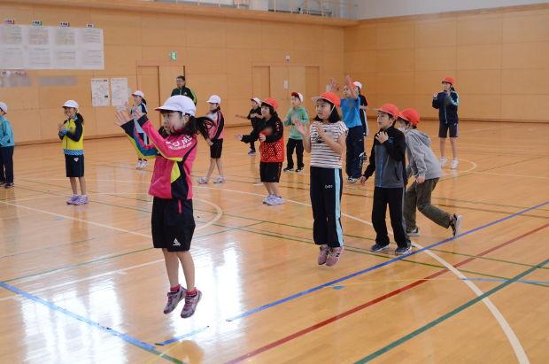 知小2018-教育大生による3年生のダンス教室