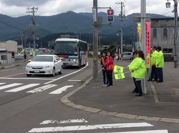 知小2018-秋の交通安全週間街頭指導