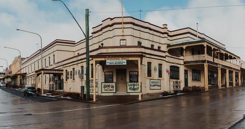 Coronation-Hotel-Pub.jpg
