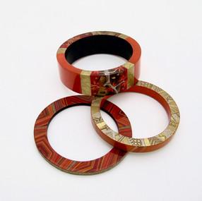 Bracelets en bois laqué