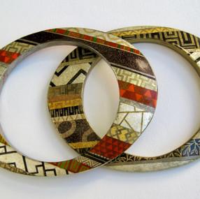 Bracelets plats laqués