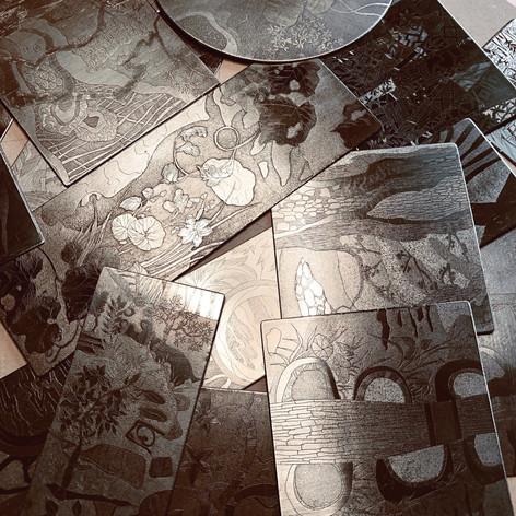 Plaques de zinc gravées.