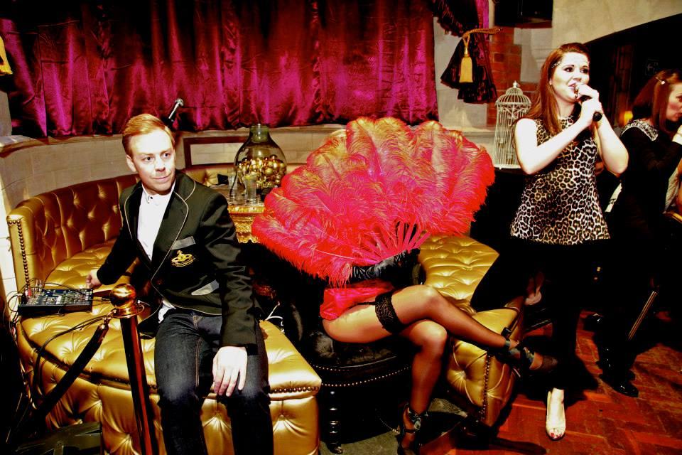 hollie Marie burlesque Party