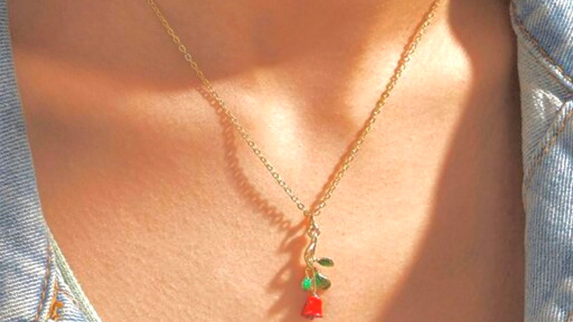 Rose Pendant Y2K Neckpiece