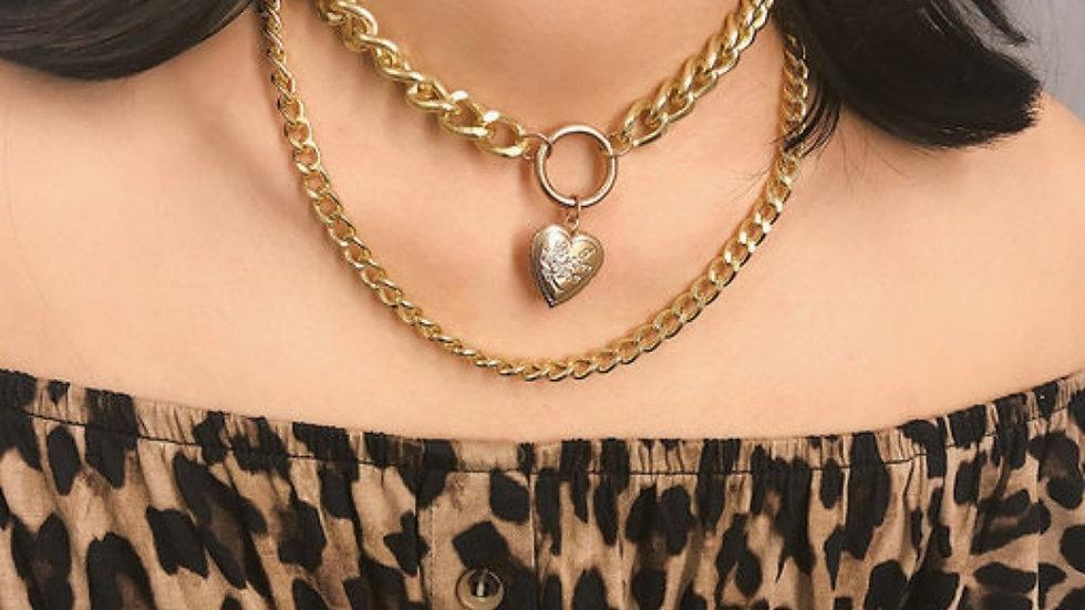 Open heart shaped pendant and chain Neckpiece