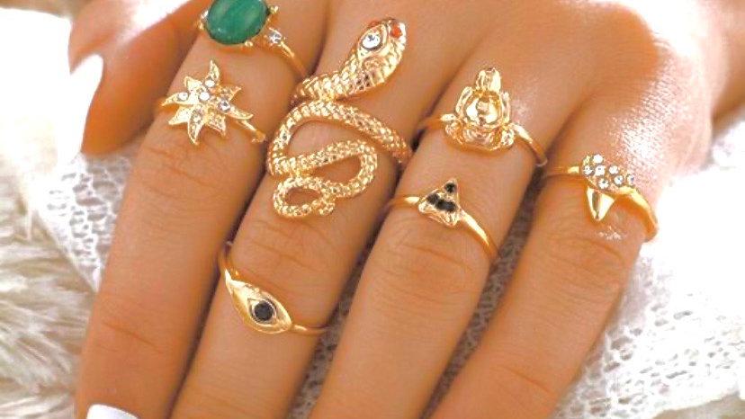 Boho Talisman Amulet 7 Piece Golden Ring Set | Onesize