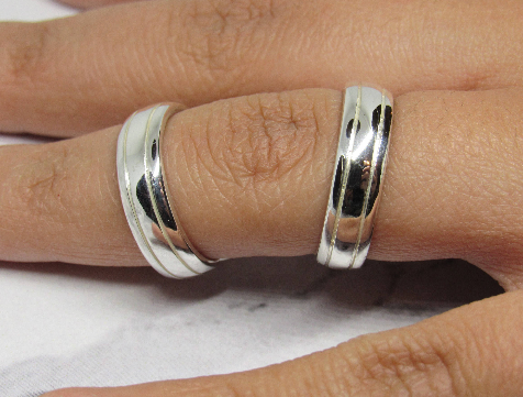 Boutonniere Splint Ring in Sterling Silver