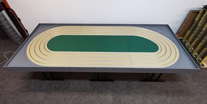 MR TRAX-4DOV-01-120 Modular 4 Lane Oval - 3.6mt x 1.5mt (3 tables)