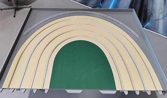 MR TRAX-3DOV-2L Modular 3 Lane L/H Elliptical end - 1.2 x 1.5mt