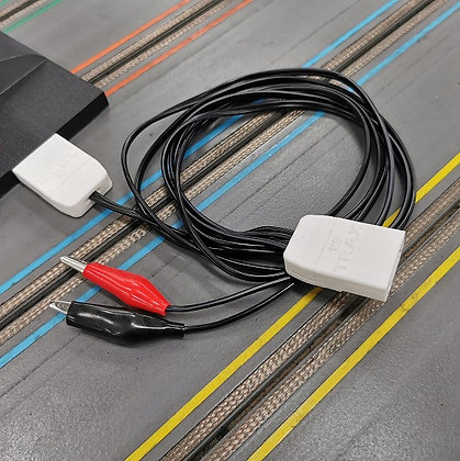 MR TRAX-CEXT 1.5m double extension lead for (2) Carrera accessories
