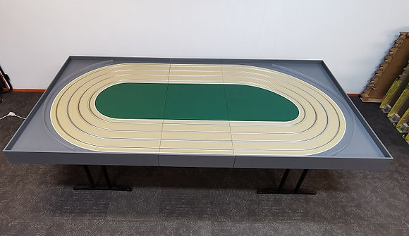 MR TRAX-4DOV-01-90 Modular 4 Lane Oval - 3.3mt x 1.5mt (3 tables)