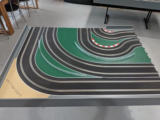 MR TRAX-2L-F Modular 2 Lane Section - 1.2 x 1.6mt LH Corner Section