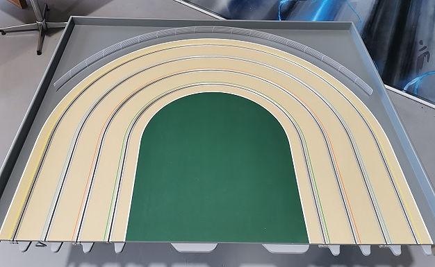 MR TRAX-3DOV-0 Modular 3 Lane End - 1.2 x 1.5mt Constant radius end