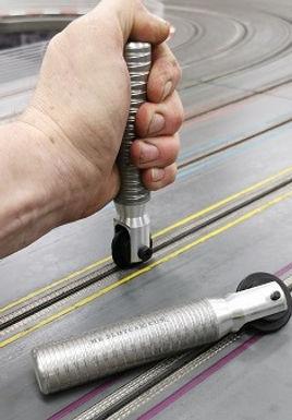 MR SLOTCAR-BRSW6 Swivel Head Braid Roller for 6mm Braid