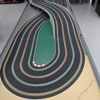 Mr Trax 4 Lane figure 8 track