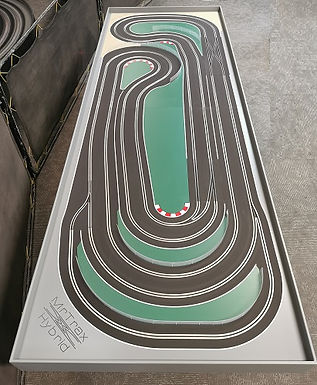 MR TRAX-CSET3350 Hybrid TRACK- Race up to 6 cars plus 2 ghost cars