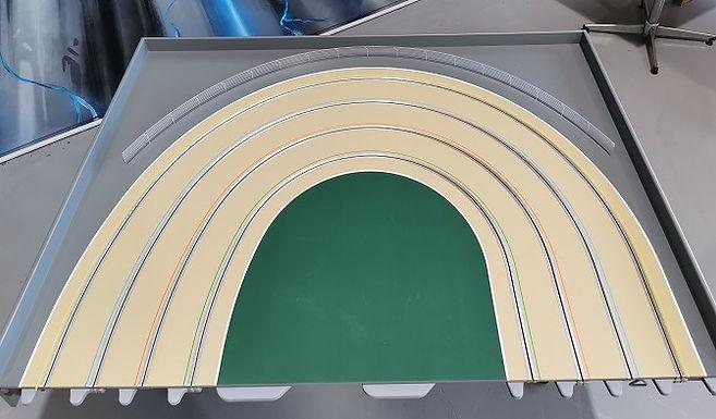 MR TRAX-3DOV-2R Modular 3 Lane R/H Elliptical end - 1.2 x 1.5mt