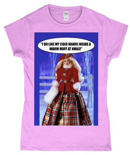 Hilarious Lesbian Xmas TShirt! I Love my cold hands in a warm muff!
